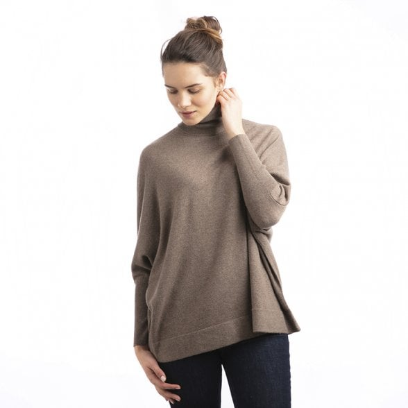 Roll neck batwing cashmere pullover